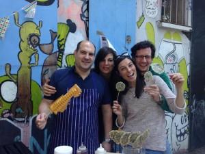 Bei der großen Familiensause am Berliner Helmholtzplatz haben wir während unserer Crowdfunding-Kampagne viele Unterstützer persönlich getroffen und mit ihnen Waffeln gegessen.
