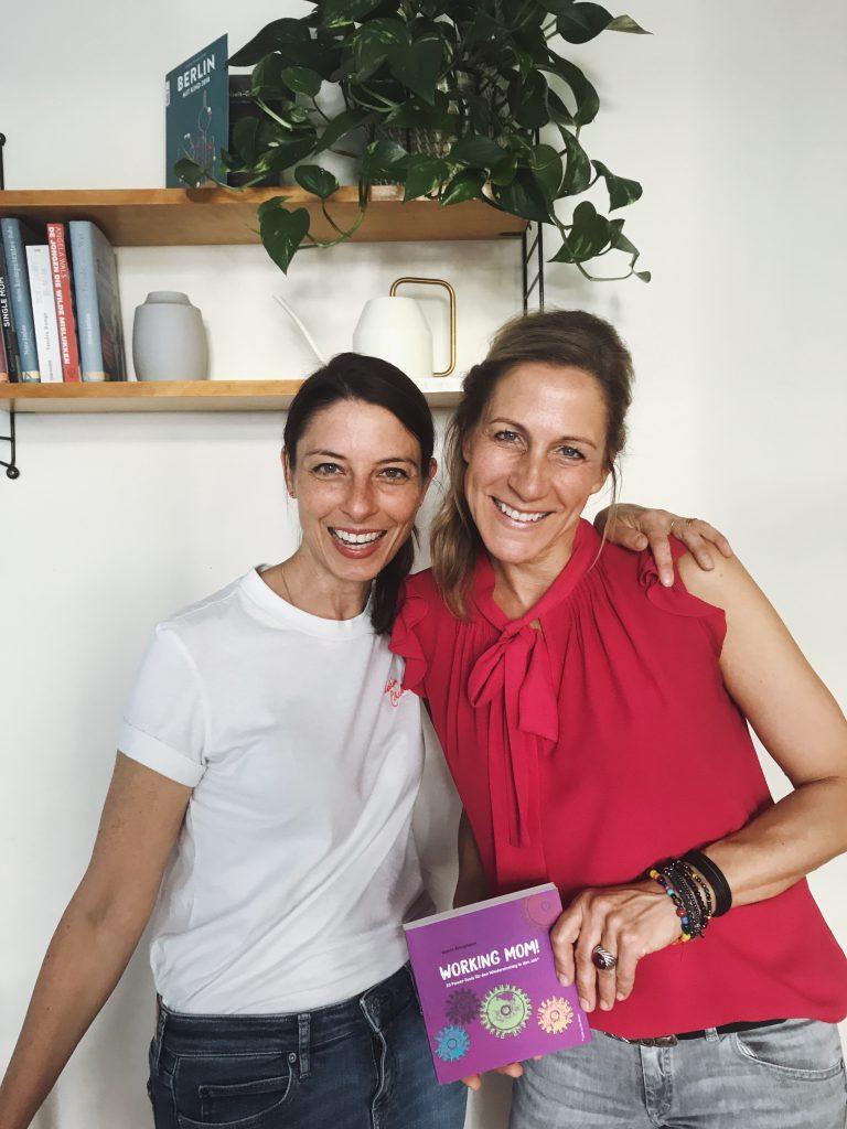 Sandra Runge und Katrin Bringmann auf einem Workshop Coworking Toddler